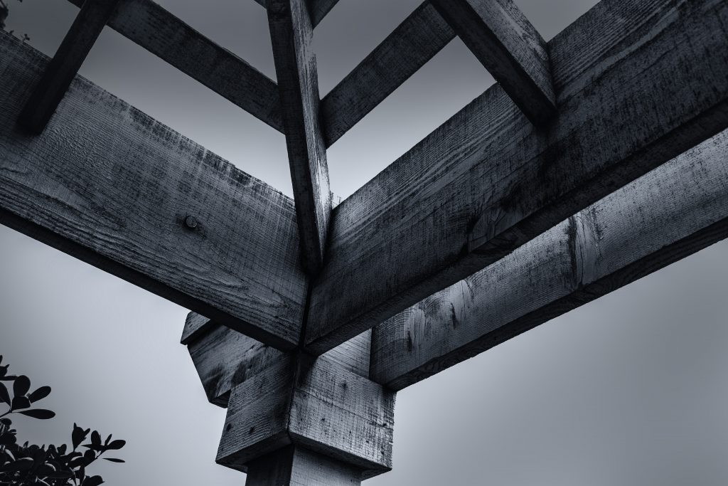 woodencornerroofbeams-pixrly.com